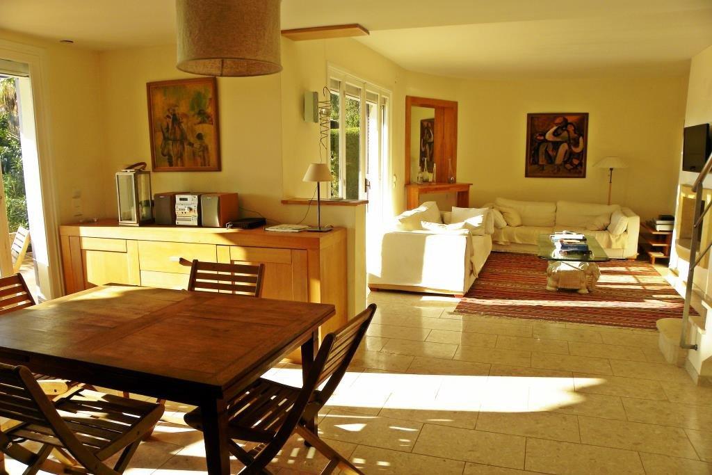 Casa Livello 2, Vista Mare, Stato generale Eccellente, Cucina Ammobiliata, Riscaldamento Climatizzazione ...