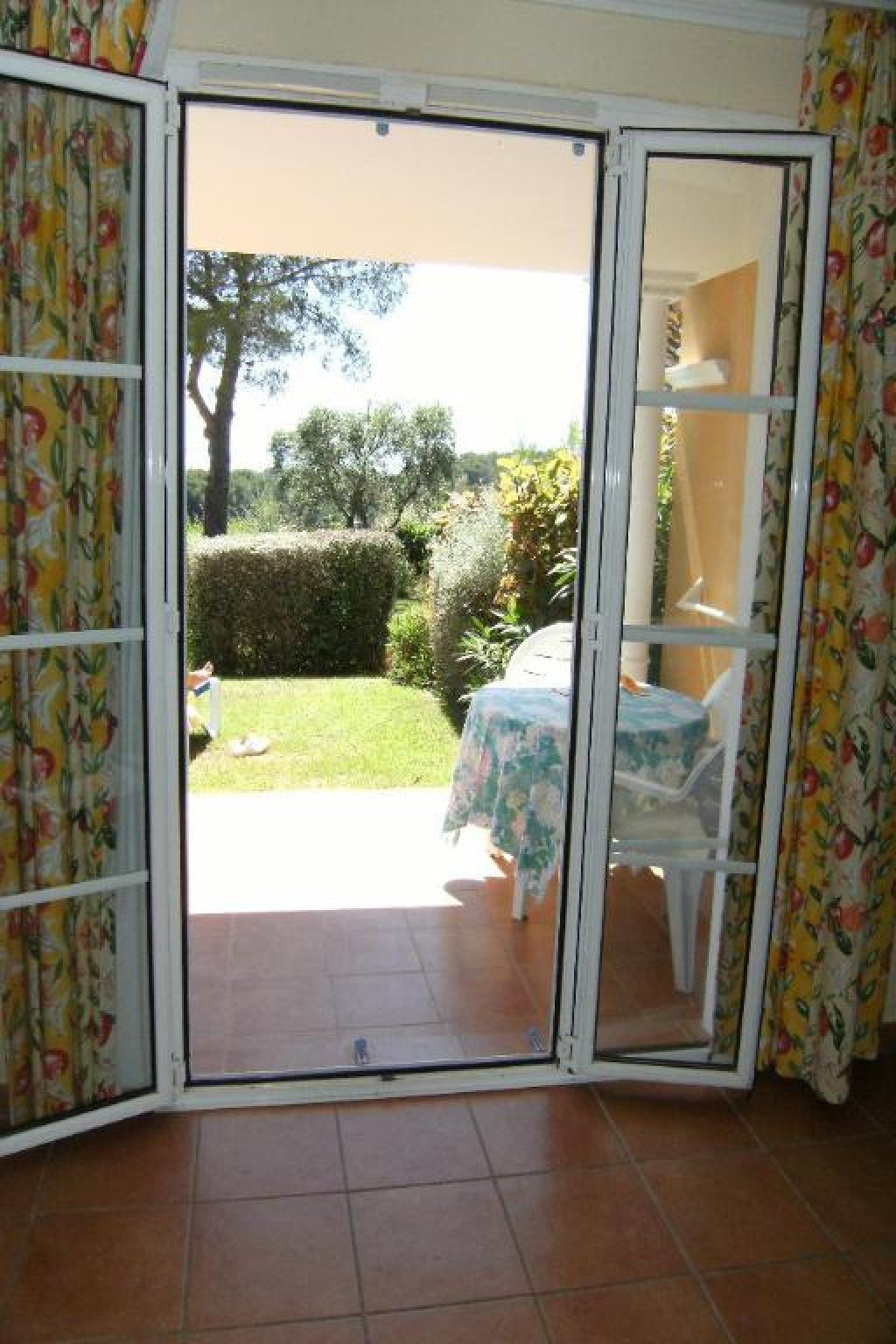 Apartment Stage Garden level, View Sea, position south west, General condition Good, Kitchen Fitted, ...
