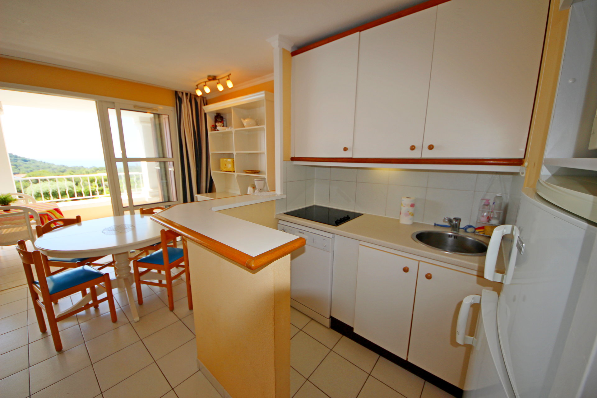 ApartmentStage 1st, View GOLF, position  , General condition Good, Kitchen Fitted, Heating Separate ...