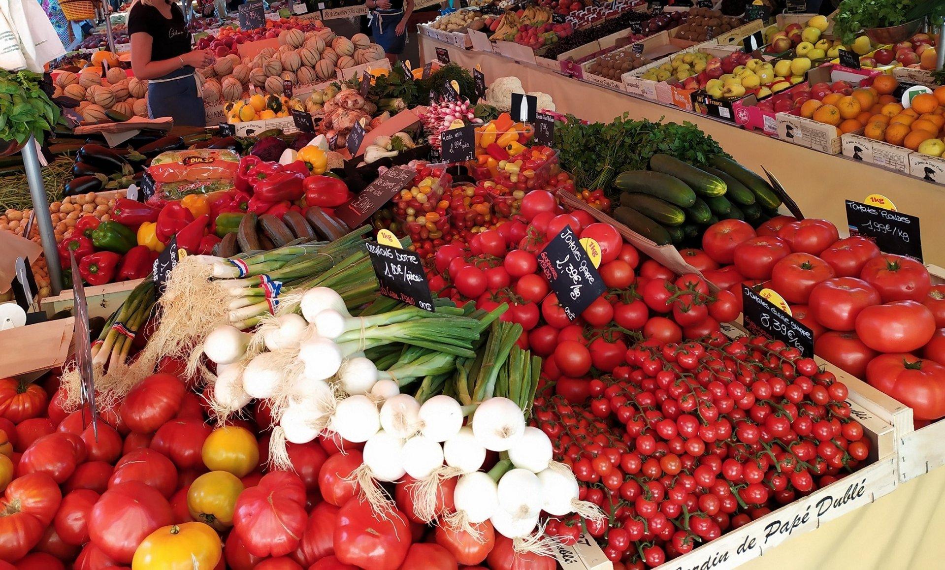 Marché provençal Bandol