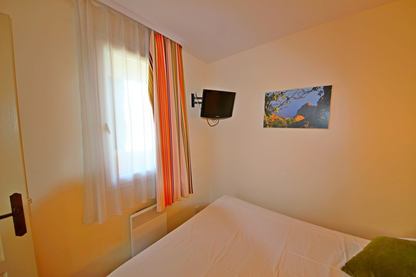 AGAY, Cap Estérel 1 BEDROOM RENOVATED SEA