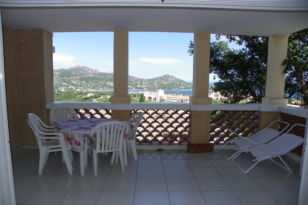 Apartment Floor 1st, View Sea, Position south east, General condition Good, Kitchen American, Heating ...