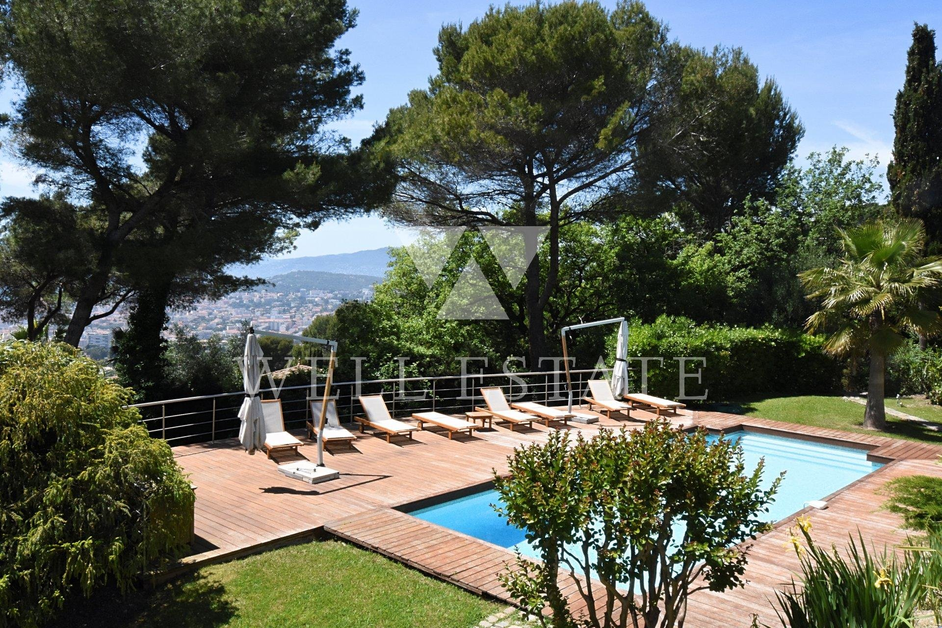 SUPER CANNES VILLA 270M2 8 ROOMS HEATED SWIMMING POOL SEA VIEW