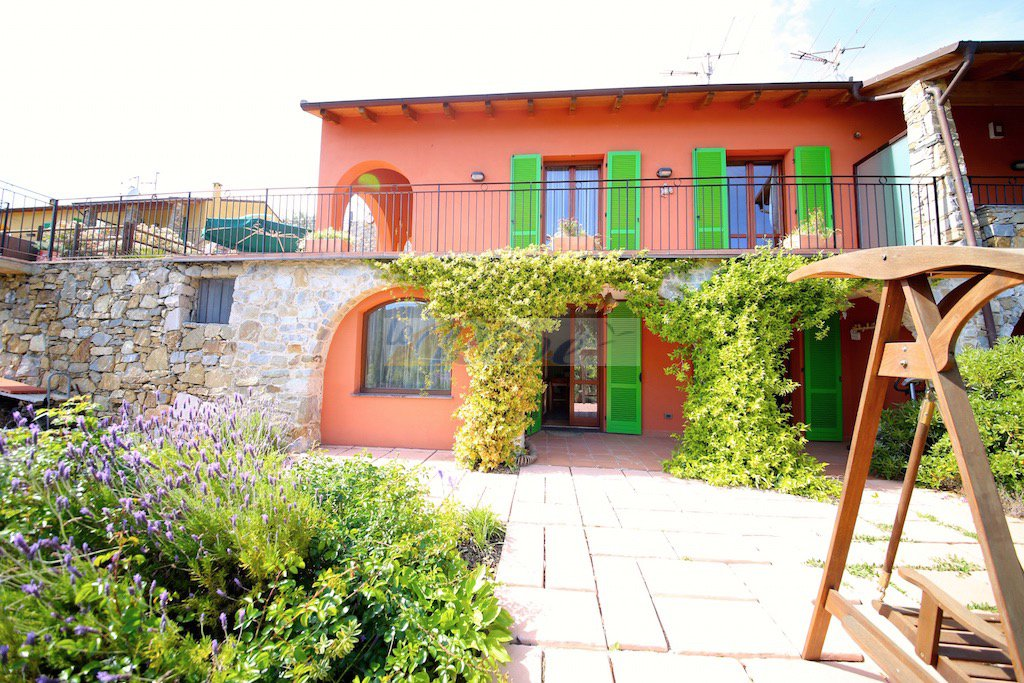 Sale Village house - Seborga - Italy