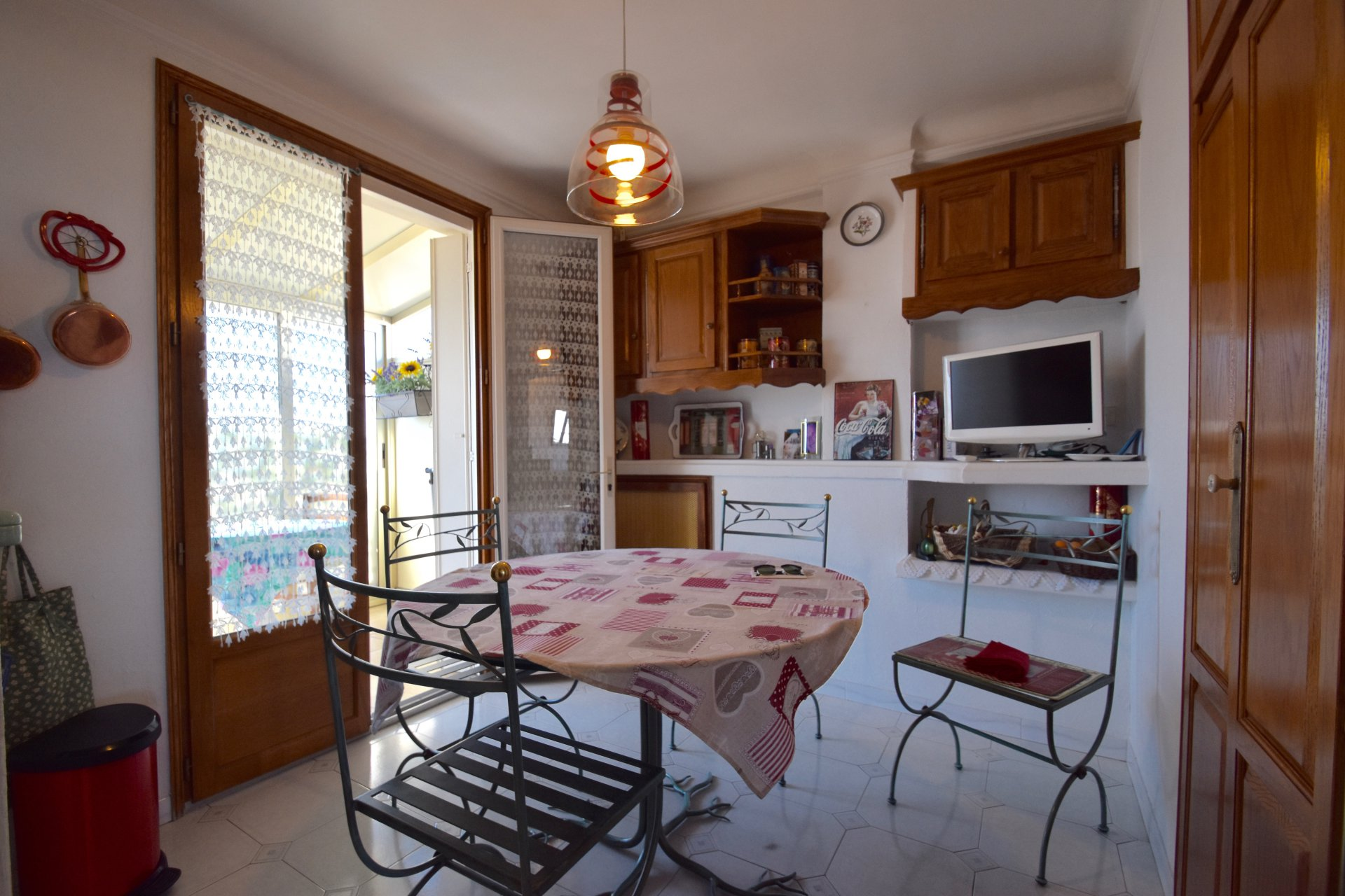 Nice Ouest / Avenue St Augustin - One Bedroom - 150 000 Euros