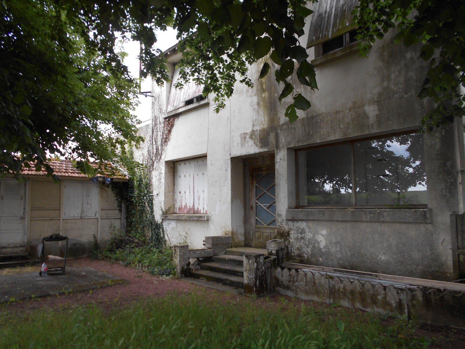 Sale House - Bouille Loretz
