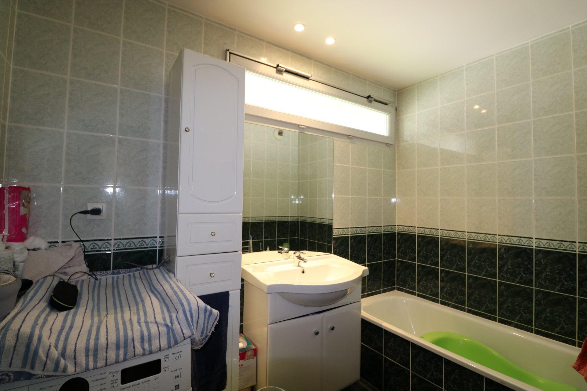 Lumineux T2 48 m² dans résidence récente