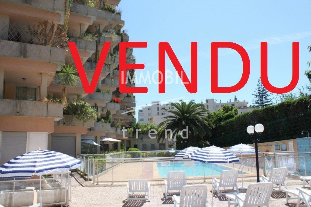 Roquebrune Cap Martin studio con piscina