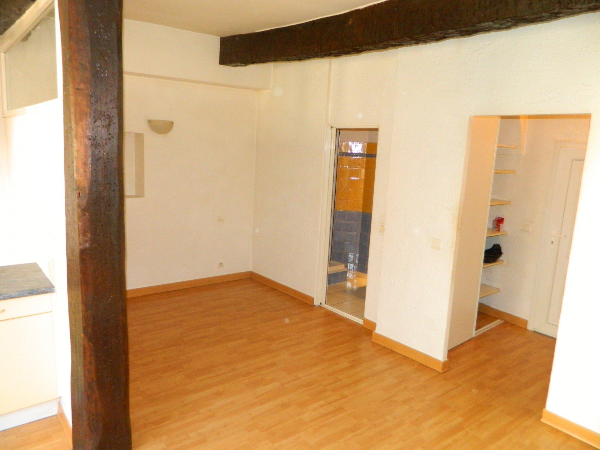 Vente Appartement 1 pièces Cogolin 83310