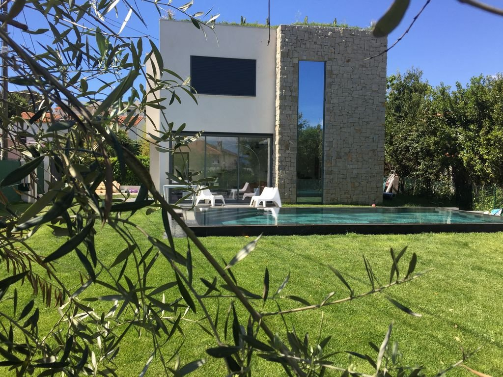 Superbe villa contemporaine proche plages