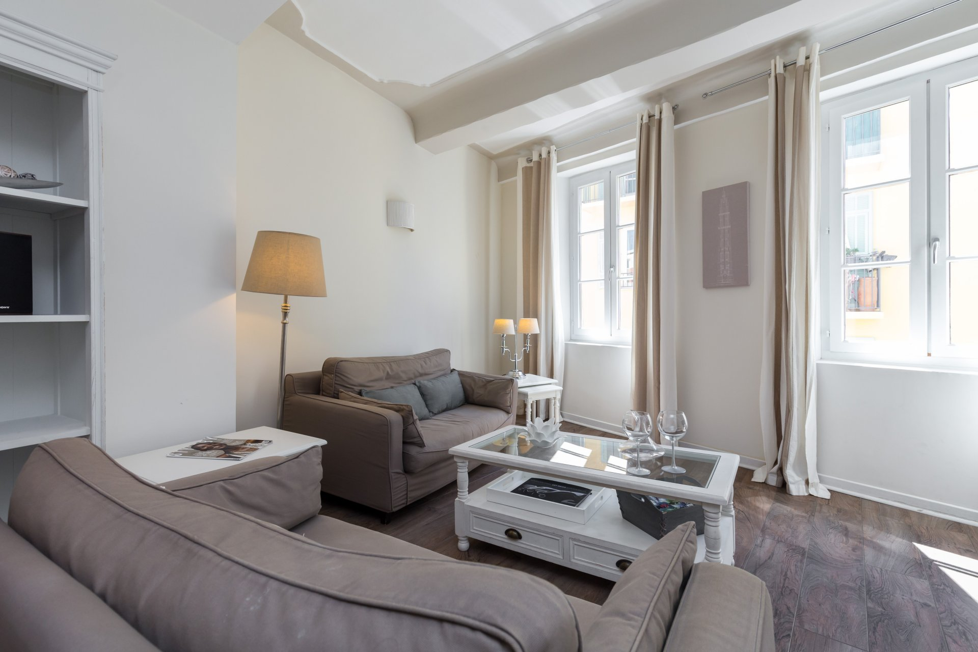 Nice Old Town - 1 Bedroom - Sold Fully Furnished