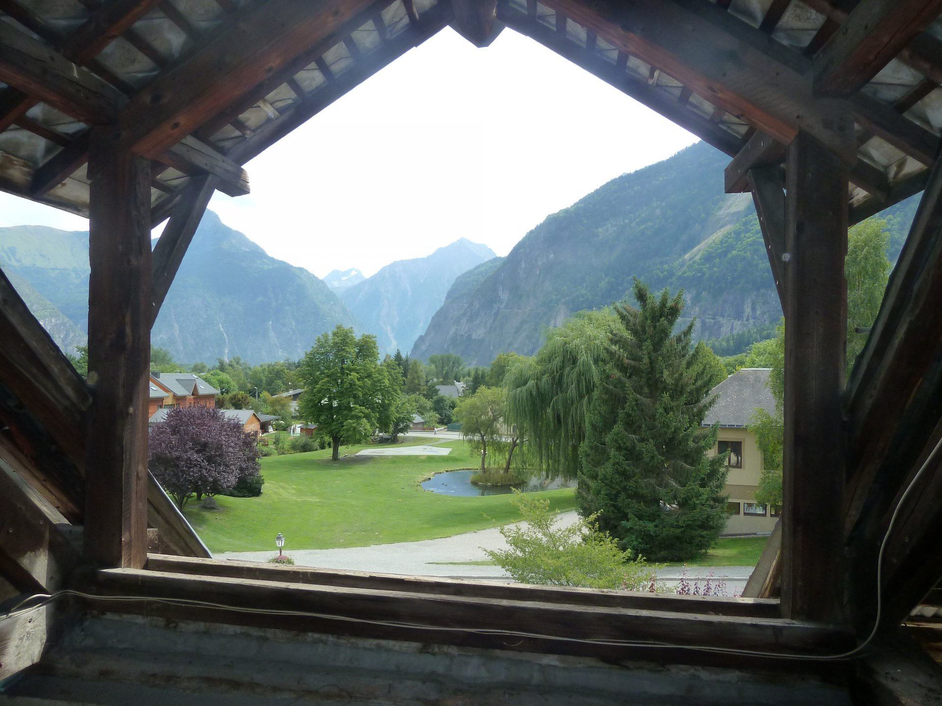 Sale Building - Le Bourg-d'Oisans