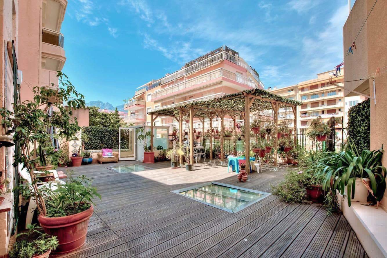 FOR SALE - MENTON CITY CENTER