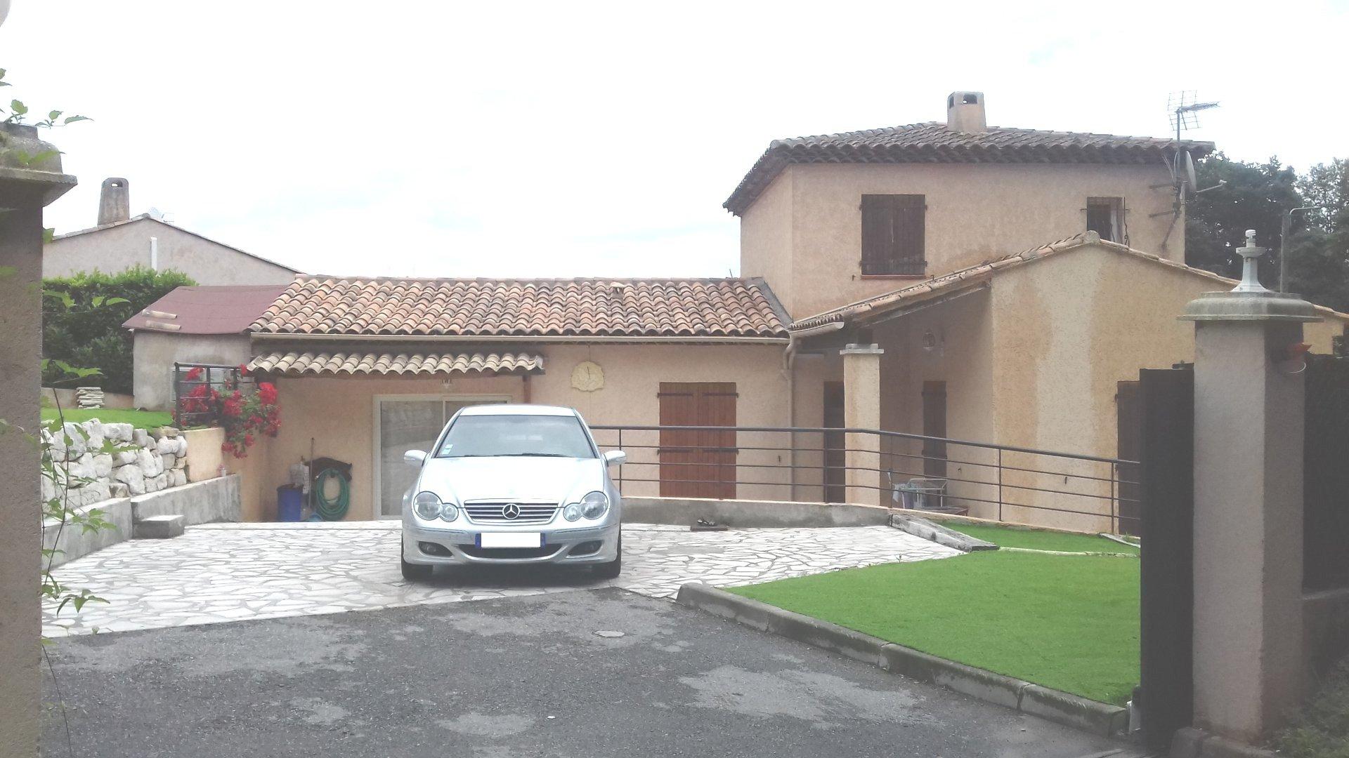 Magnifique villa individuelle de 6 pieces sr la gaude basse