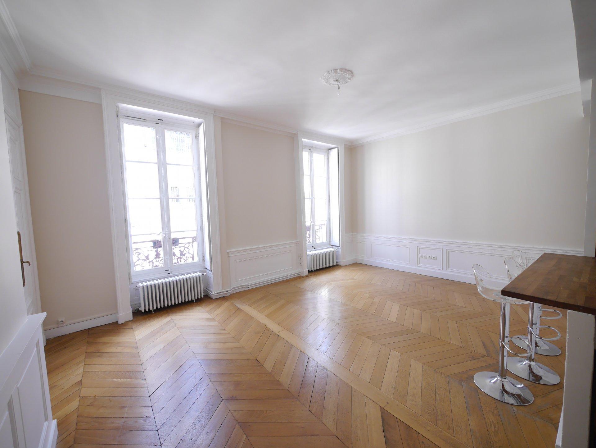 T5 de 110 m² Lyon 2ème Ainay