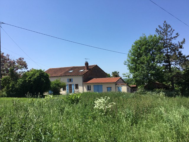 Farmhouse with views near Availles Limouzine, in the Charente