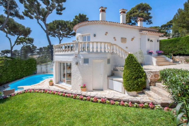Lovely Sea view house on Cap d'Antibes