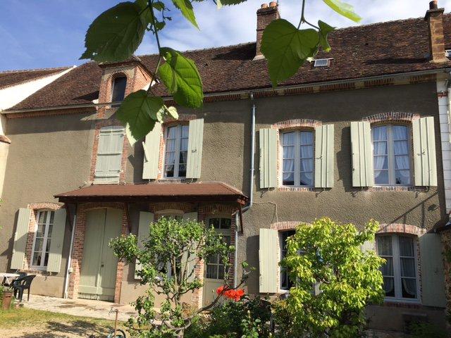 Sale House - St Julien Du Sault