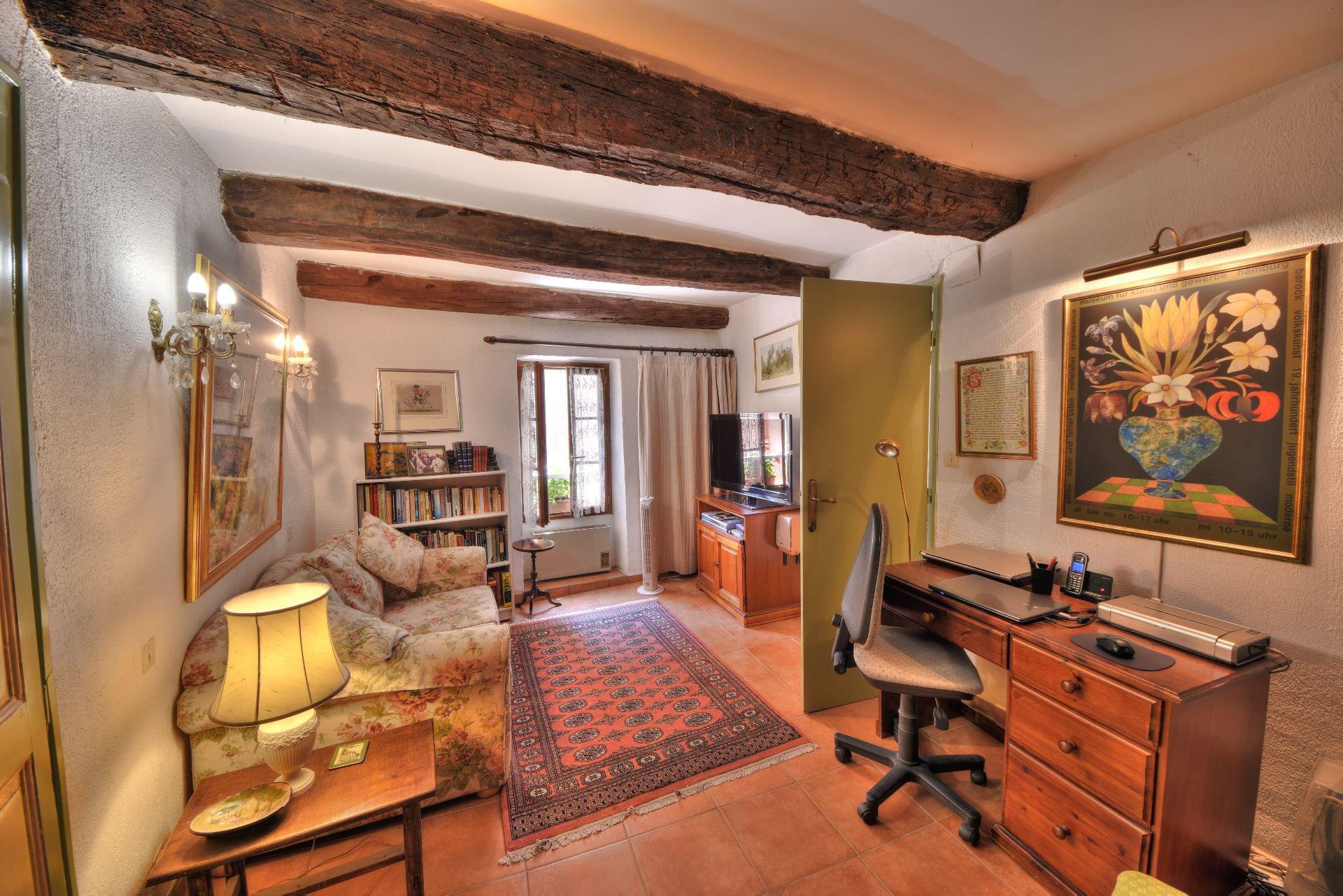 Suite parentale de la Maison de village rénovée avec garage et remise Aups, Var, Provence, Verdon