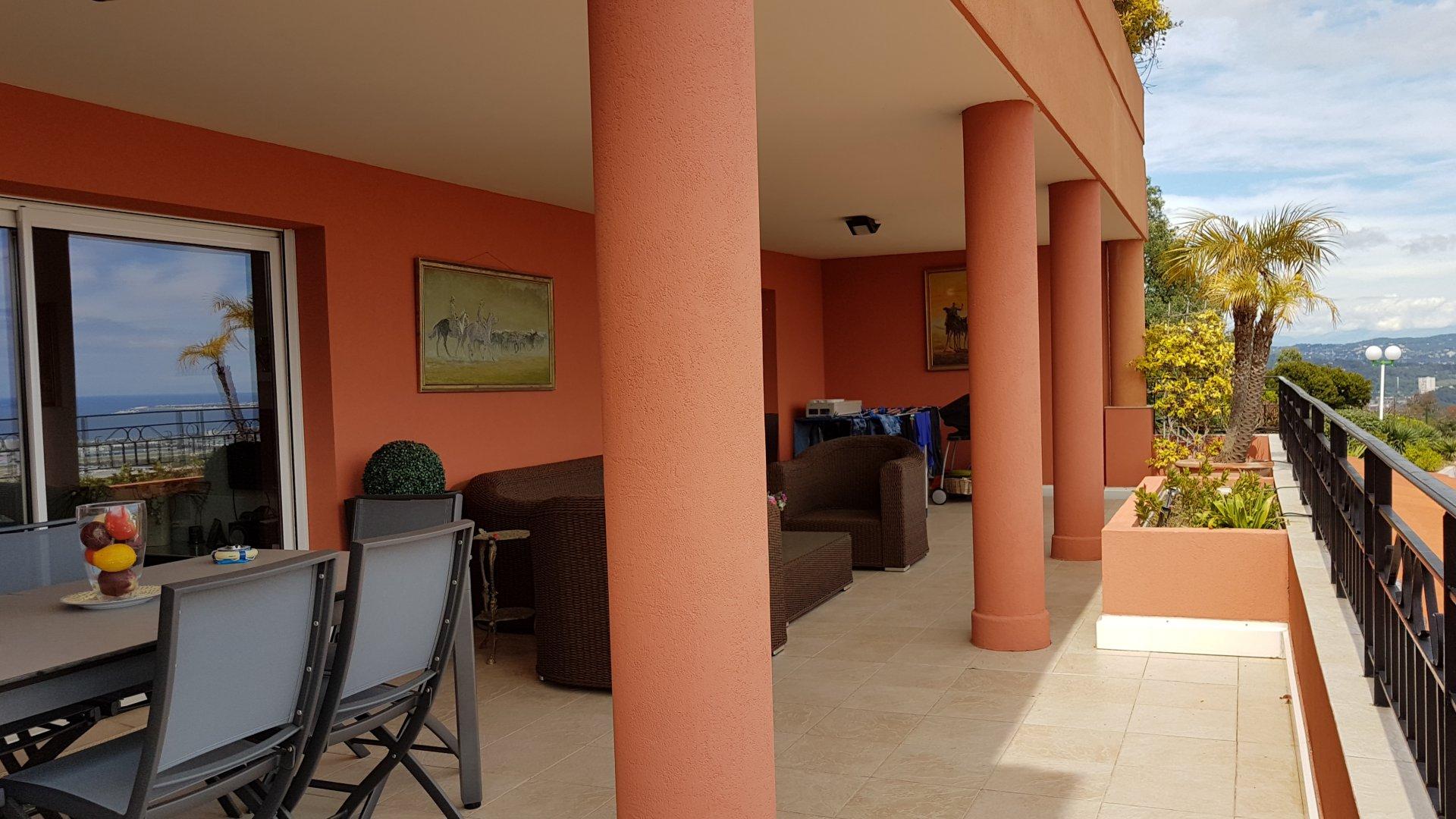 Appartement 3 Piéces avec vue mer