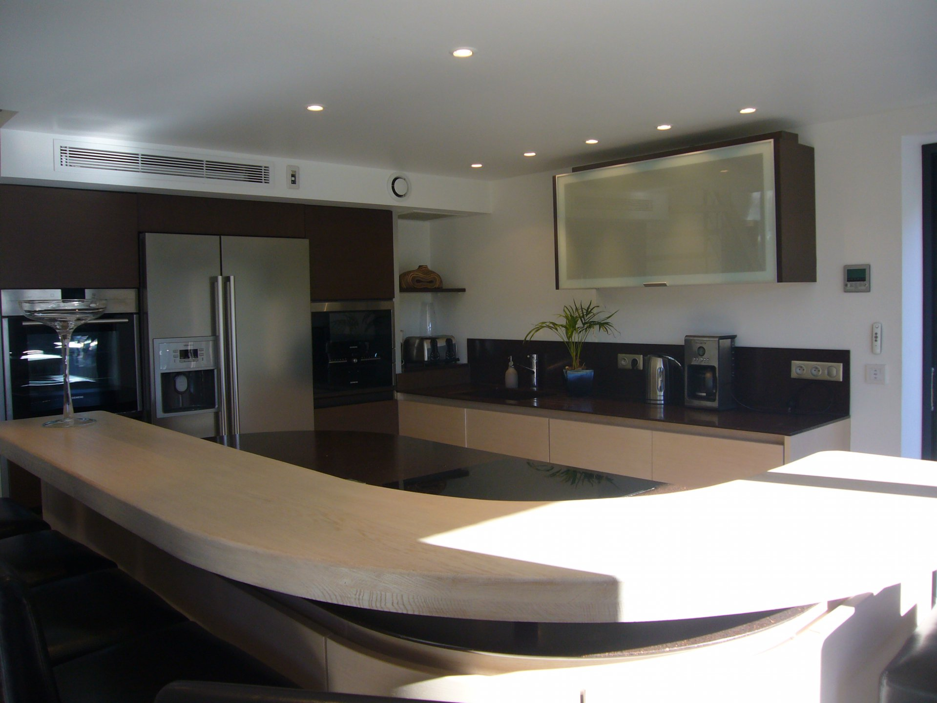 Kitchen, stainless steel, kitchen bar