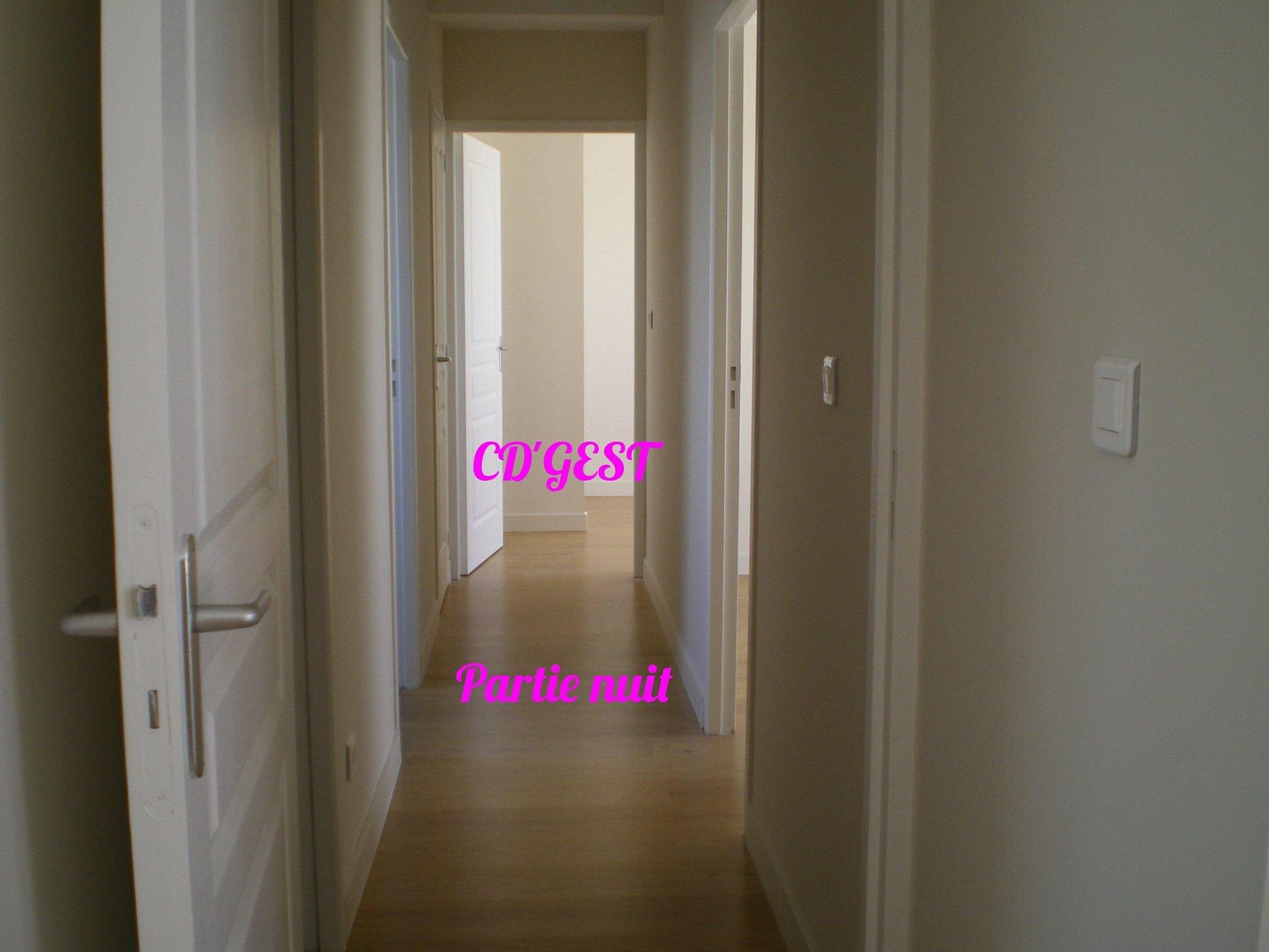 Appartement Montélimar T3 : 71.27 m2