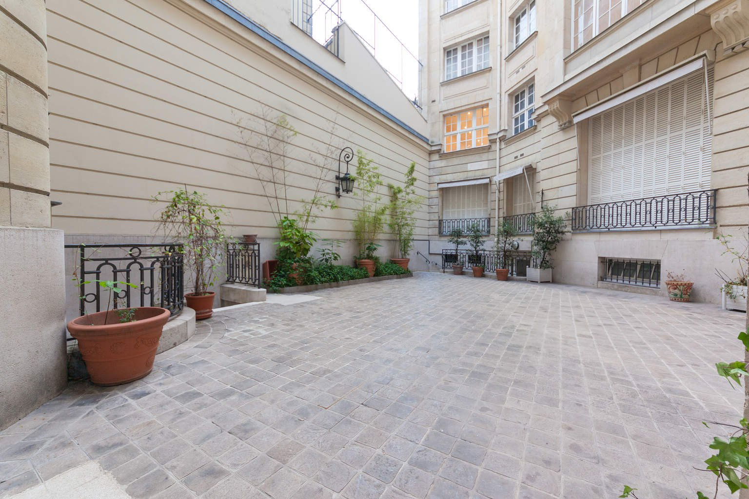 Location de Triplex 330m2 Iena