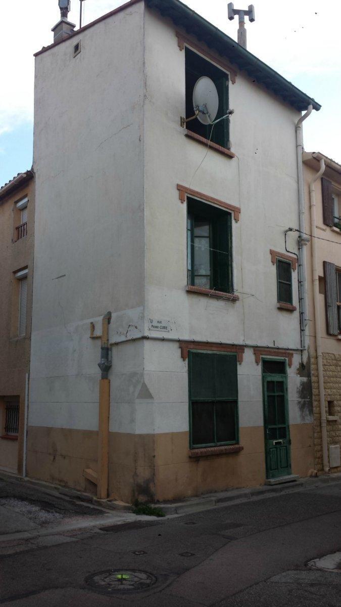 maison de village 2 faces de type T3 de 50m² vendue louée locataire sérieux en place depuis10ans