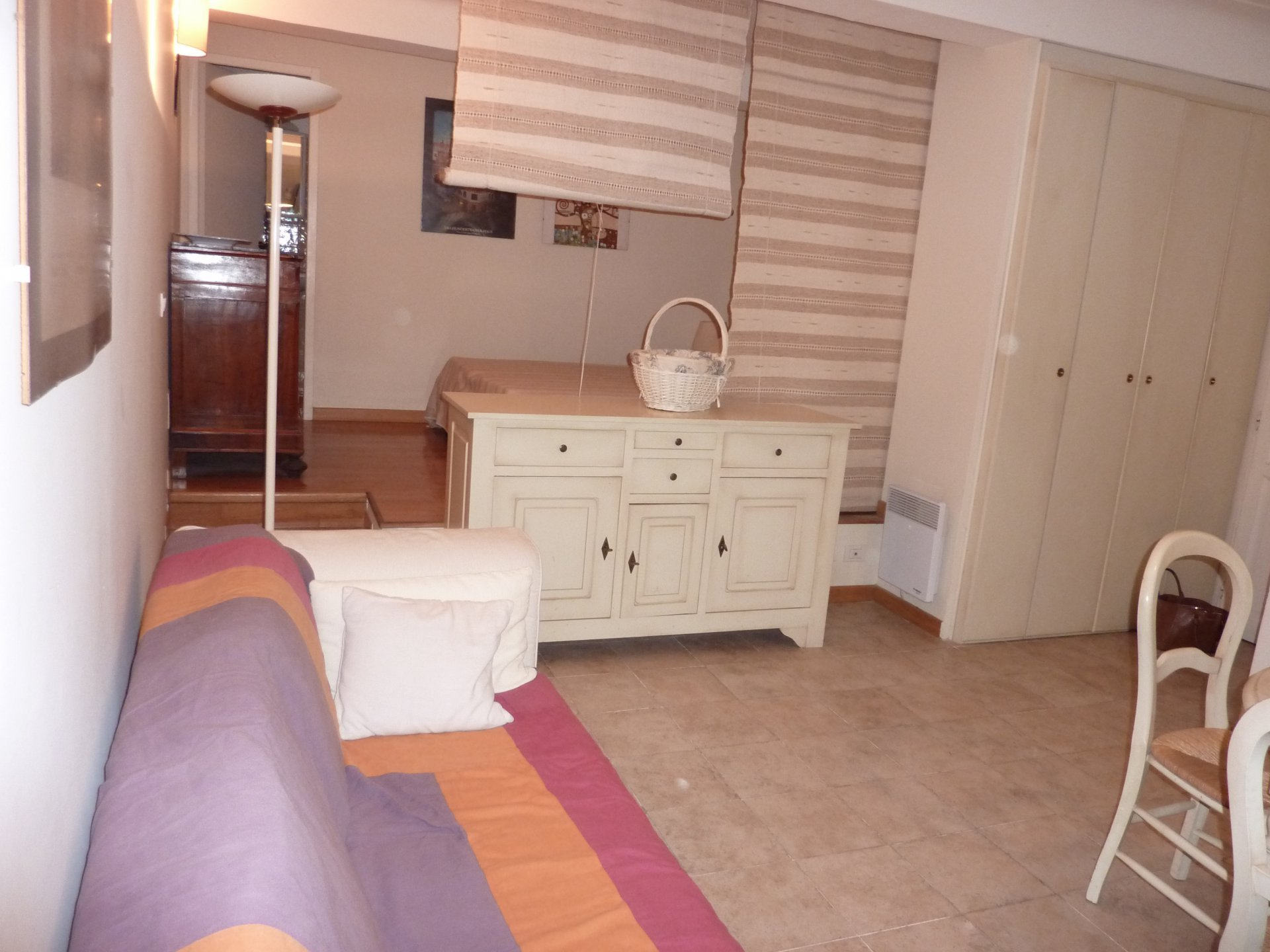 Antibes old town 1 bed apartment, 32 m2