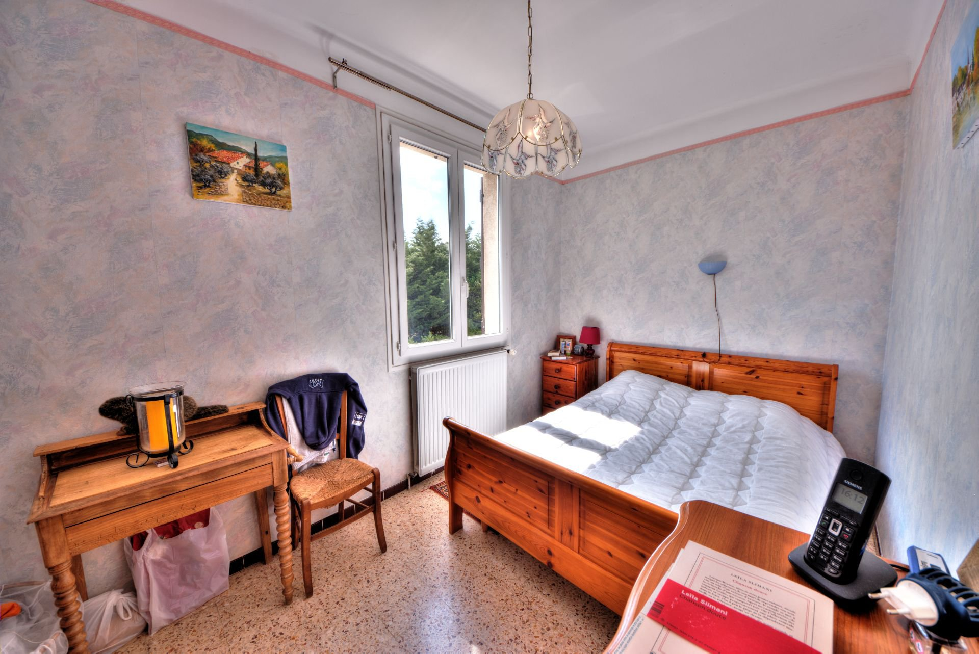 Bedroom 1 of the House raised one floor on garden level, plot of 5000 m² divisible, Aups, Provence, Verdon