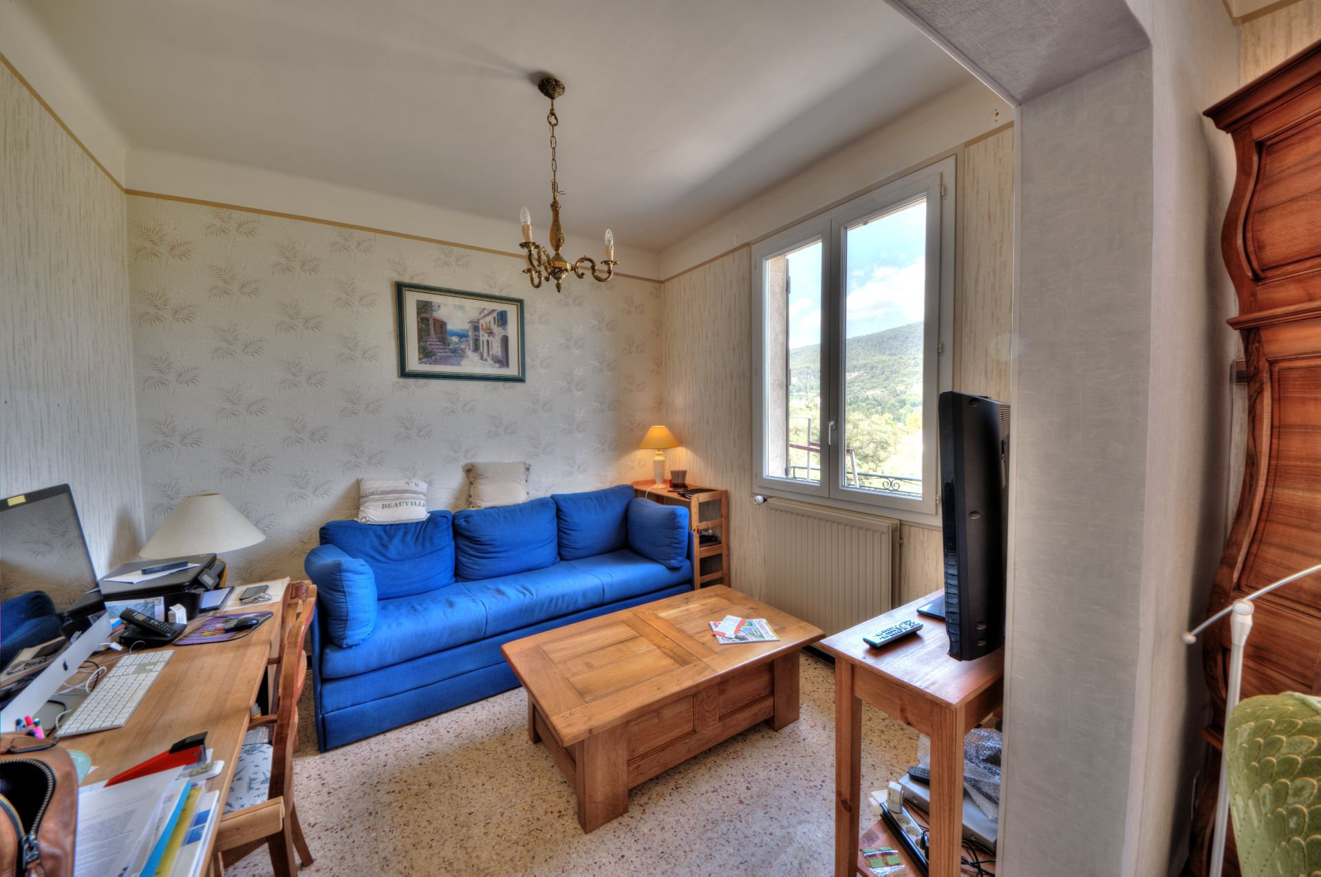 Living room of the House raised of a floor on rez of garden, ground of 5000 m ² divisible, Aups, Provence, Verdon