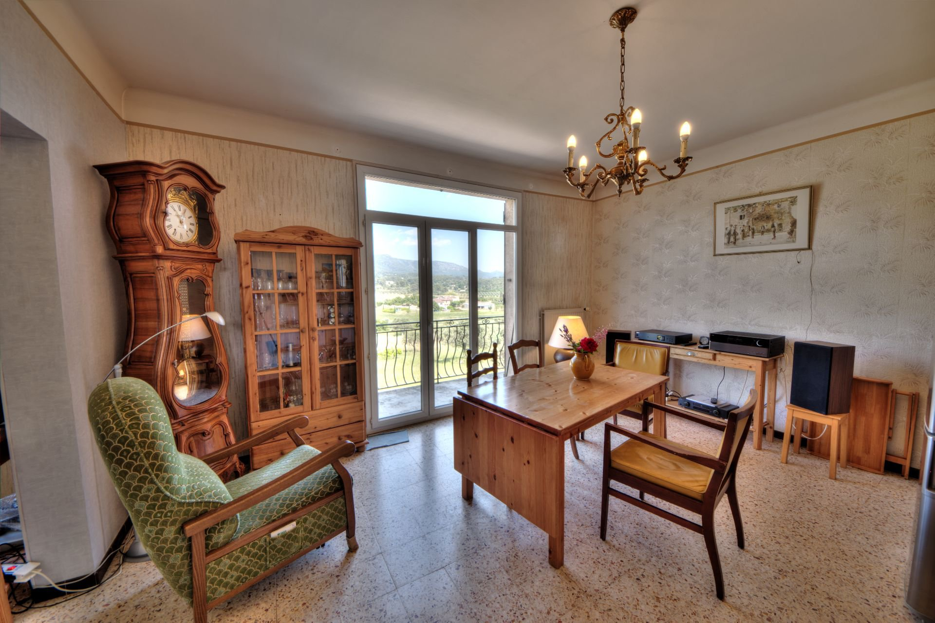 Dining room of the House raised one floor on garden level, plot of 5000 m² divisible, Aups, Provence, Verdon