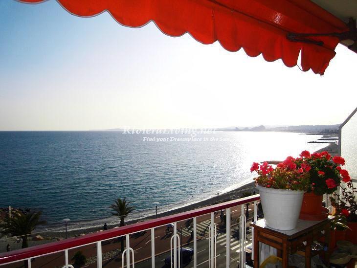 CAGNES-SUR-MER ----- Magnifique studio en front de mer