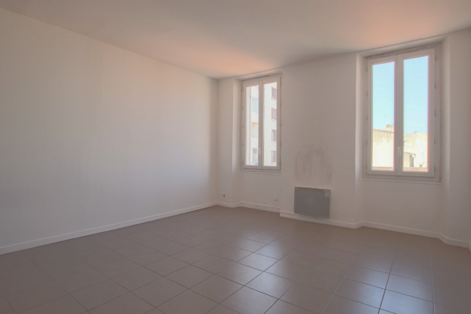 Rental Apartment - Marseille 5ème Baille