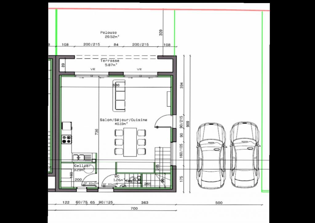 Rare sur Mâcon : Cette maison construite en 2017 vous offre de plain pied une pièce de vie principale de 40 m² donnant sur un petit terrain bien exposé. L'étage se compose de 3 chambres avec placards intégrés et une grande salle de bains de presque 8 m² avec baignoire et douche. Très bonnes prestations : normes BBC, chauffage au sol par pompe à chaleur, terrasse carrelée, terrain clôturé... La maison sera vendue entièrement terminée. Frais de notaire réduits soit une économie de 11 000 ?.