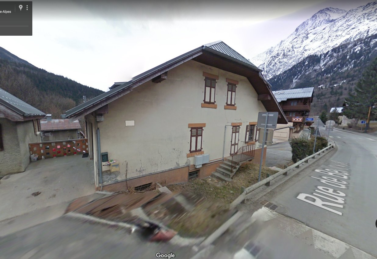 House to rehabilitate Close to ski slopes