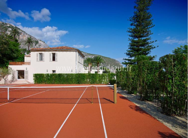Splendid property close to monaco