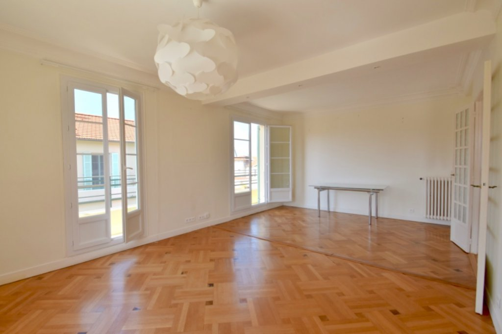 Nice Victor Hugo - 2 Bedrooms Roof Top Terrace - 580 000 €