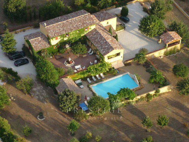 Gargas, villa 414sqm land 8200sqm