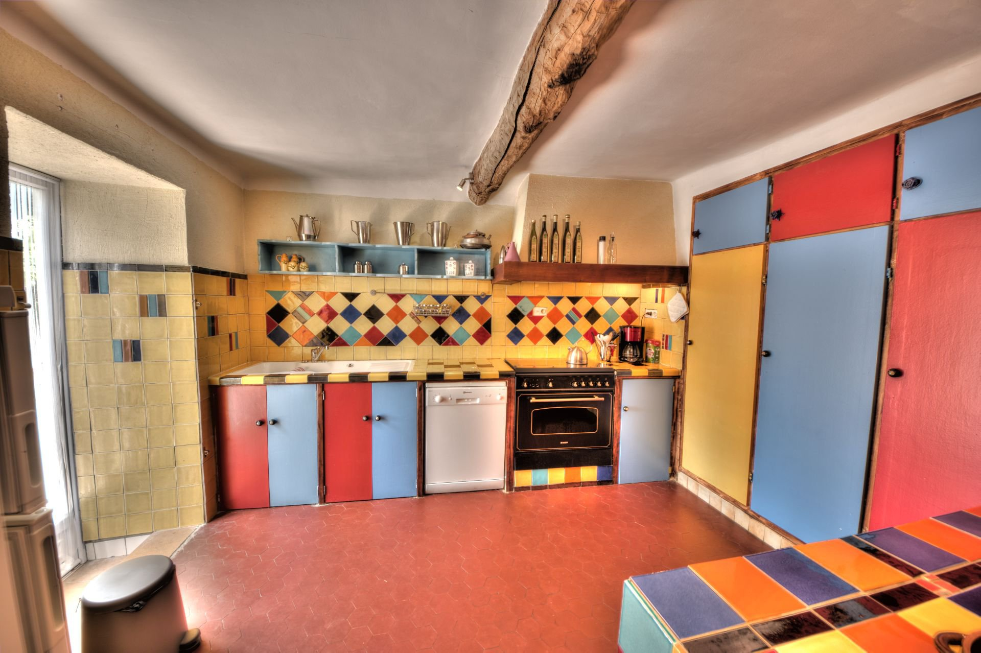 Kitchen with terrace access