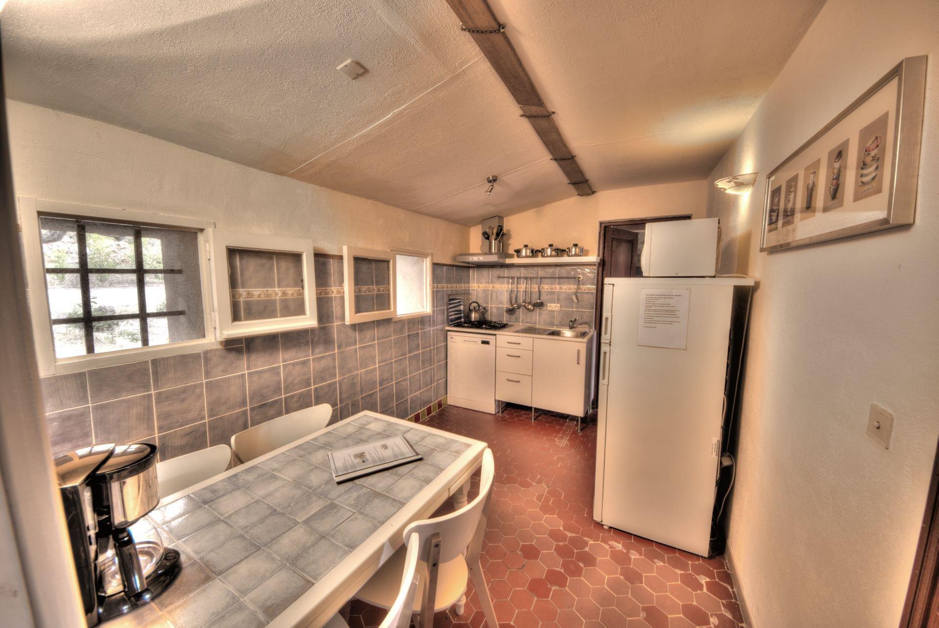 Kitchen, independant appartment