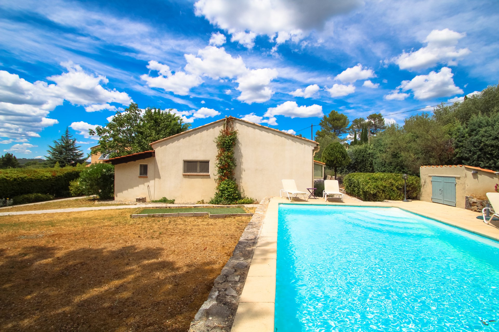 Single storey villa - swimming pool, near Lorgues