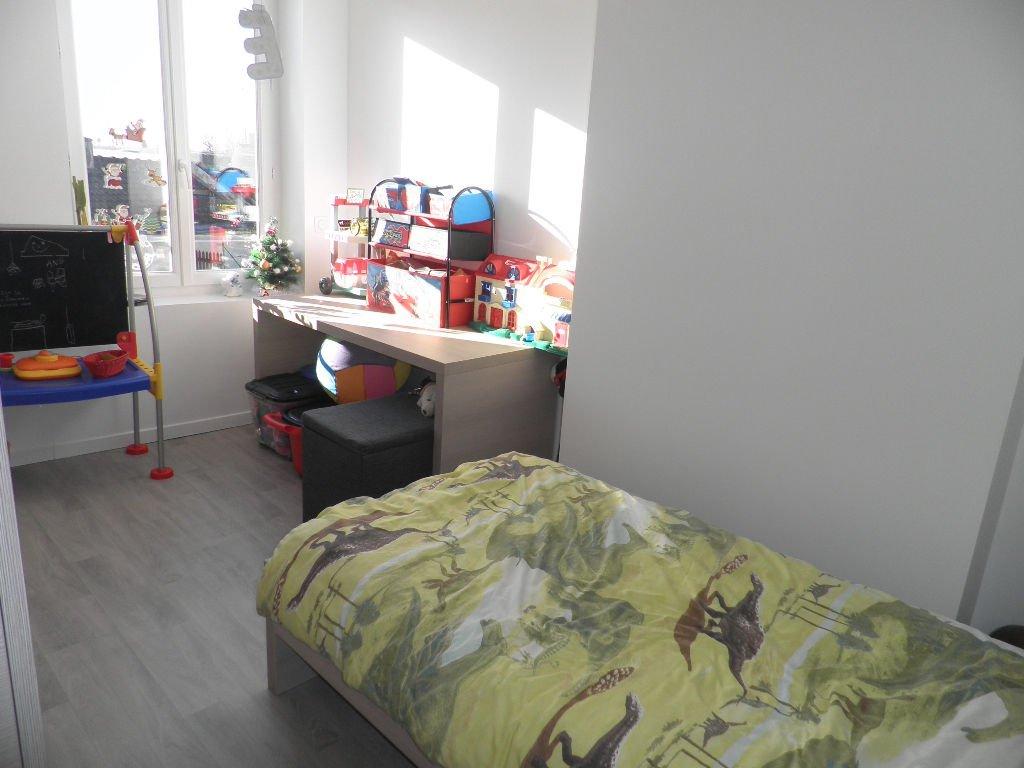 Appartement La Ferte Milon  4 pièce(s) 83 m2