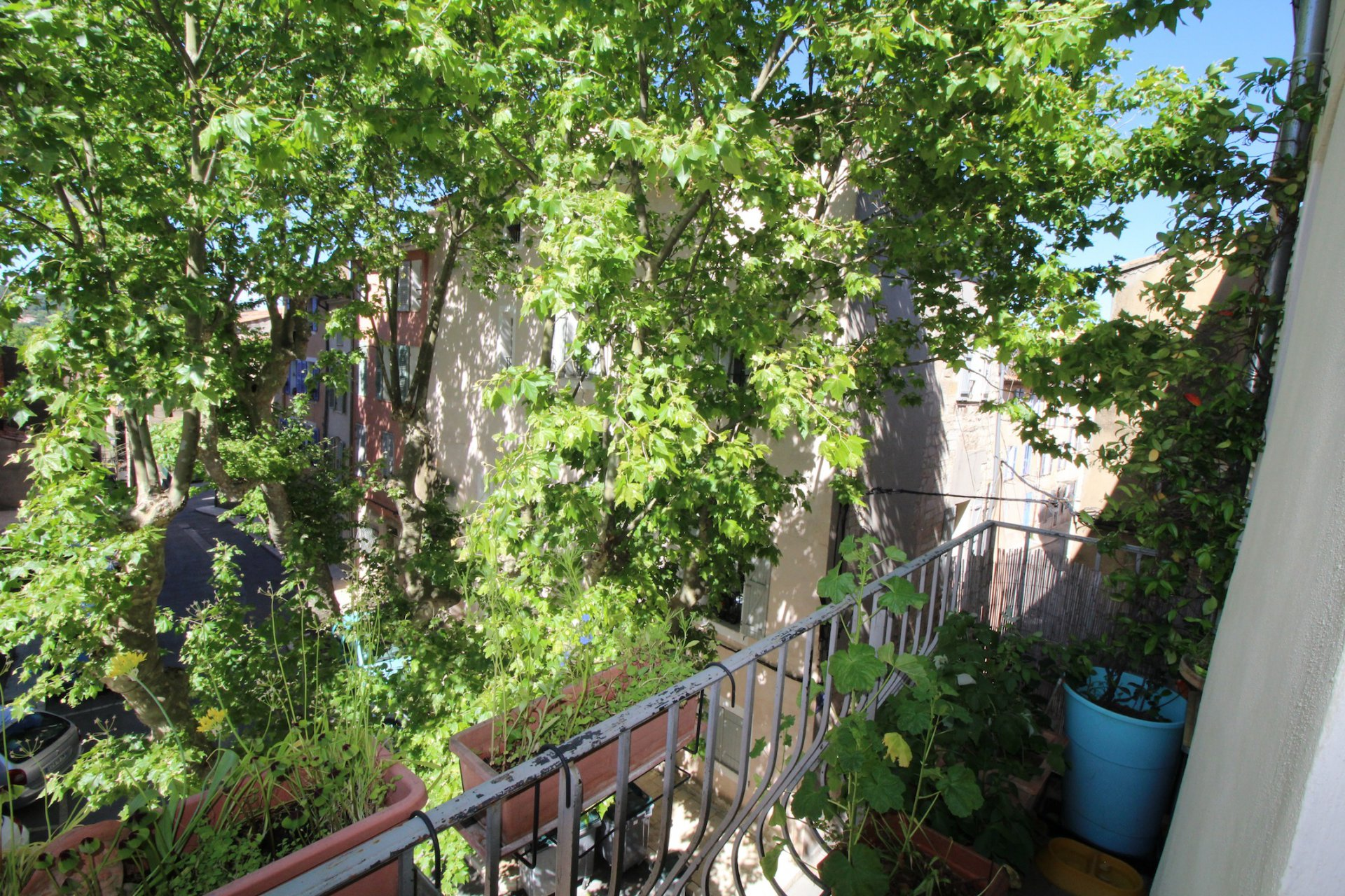 Brignoles, a prime location in the heart of a lovely provencal village