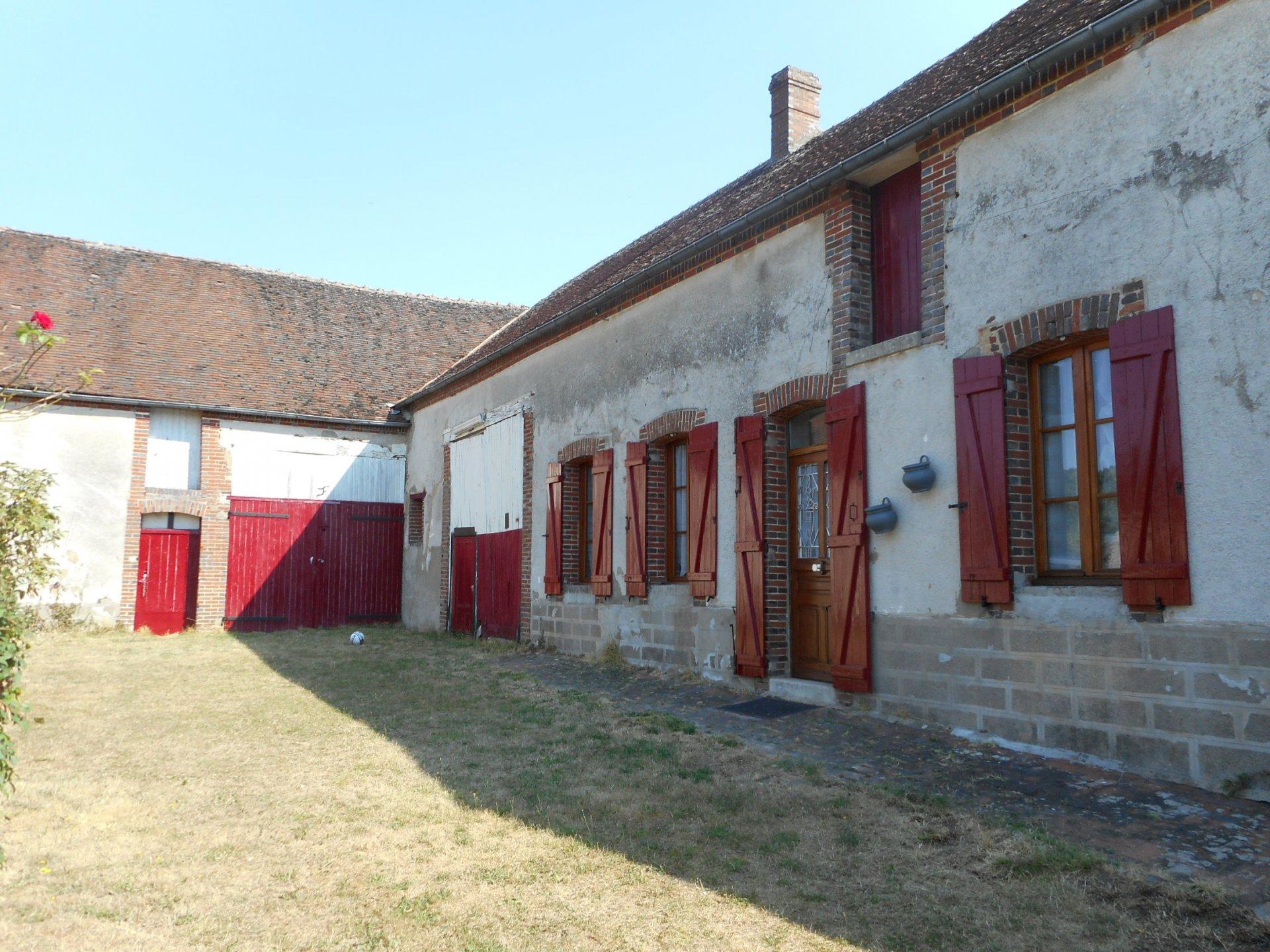 Sale Farm - La Ferte Loupiere