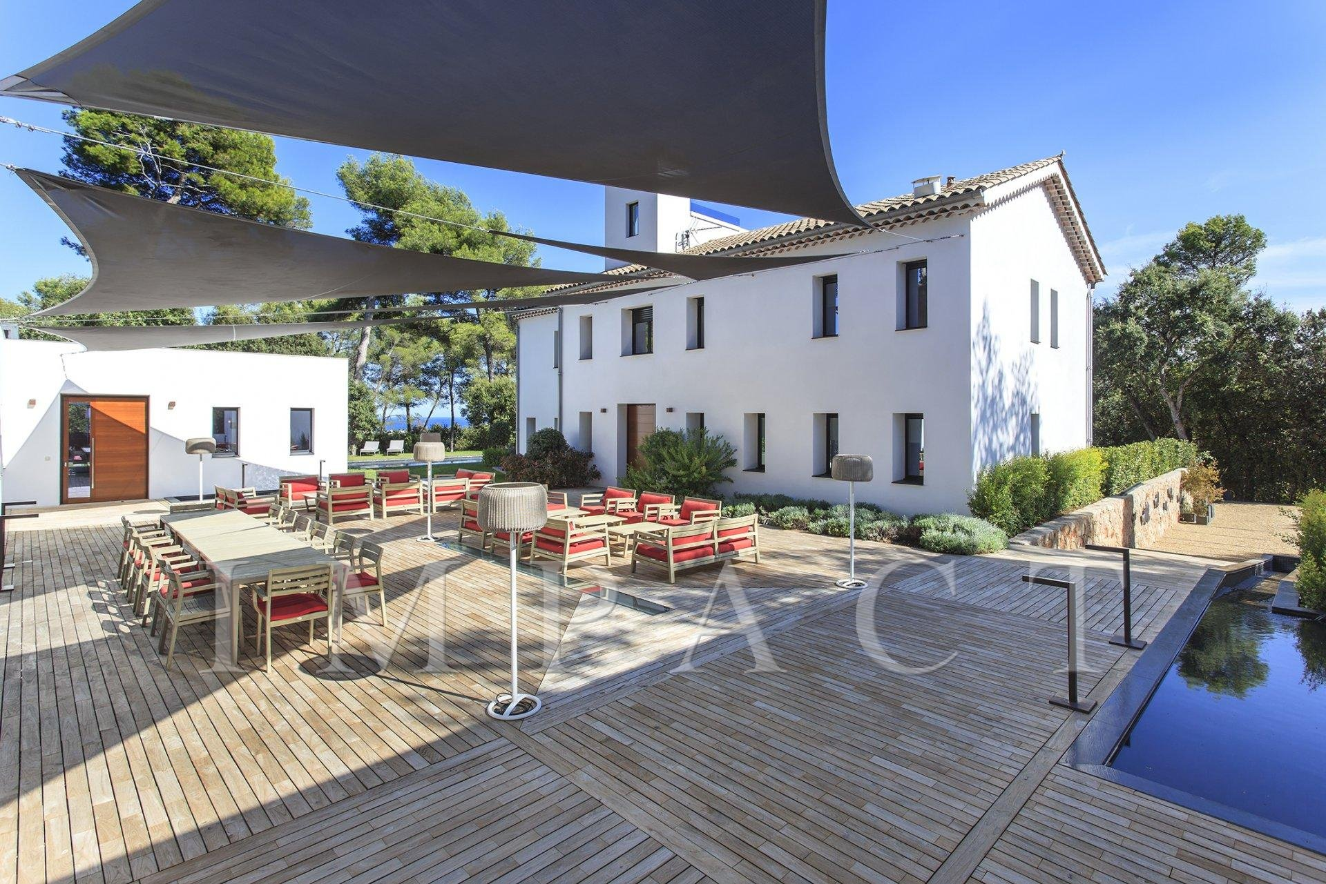 Superb residence to rent in Antibes