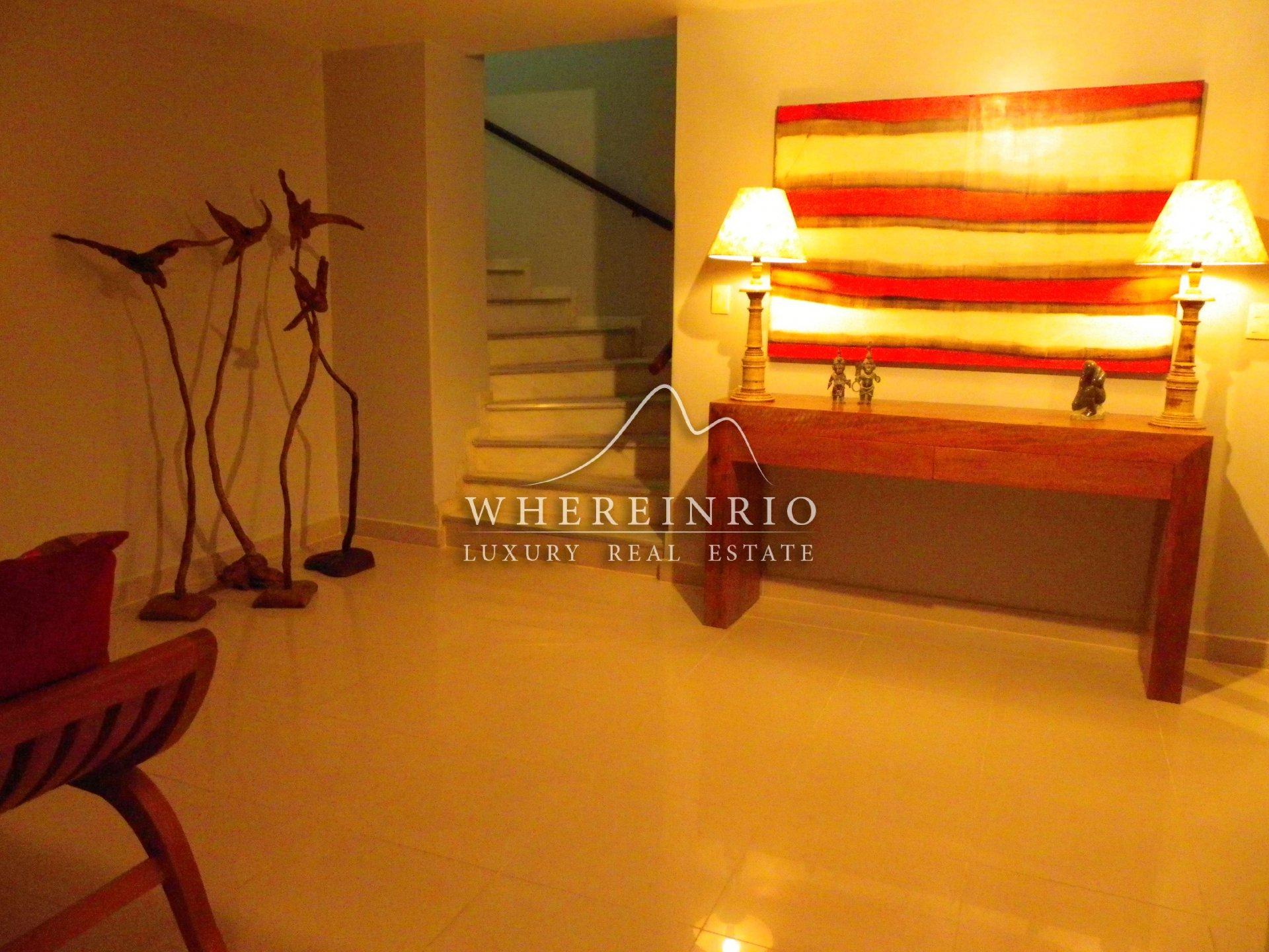 Sale House - Rio de Janeiro Cosme Velho - Brazil