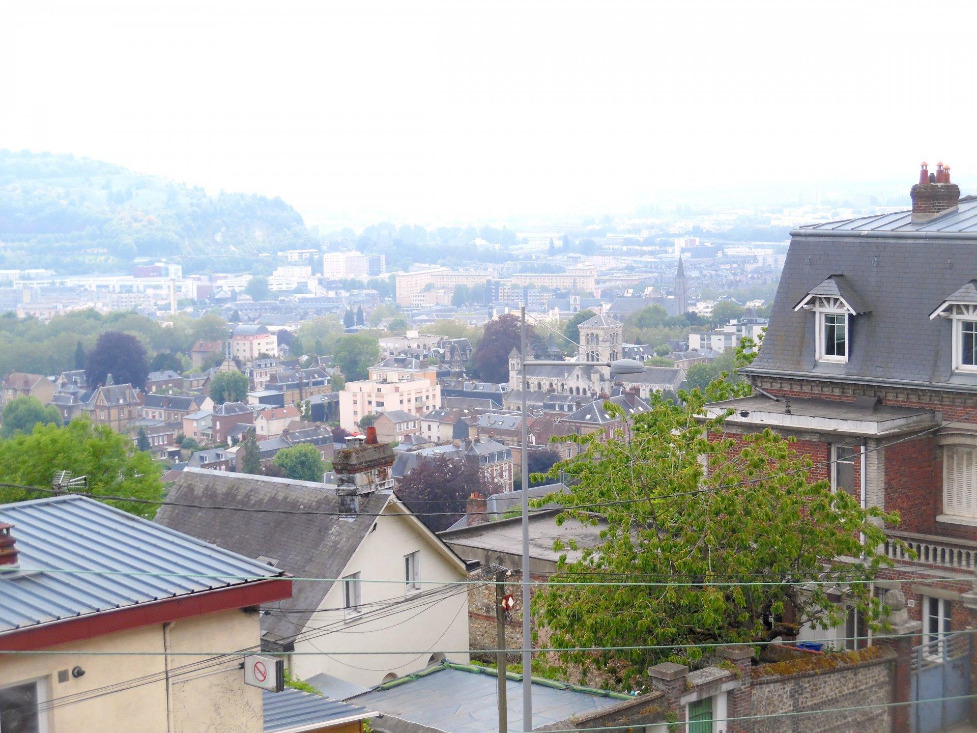Studio 25m² Bois-Guillaume limite Rouen.
