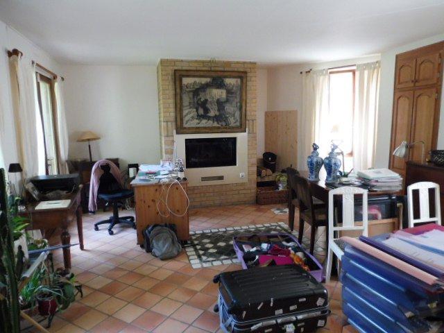 Ecrosnes: maison 7 pieces 200m² hab.