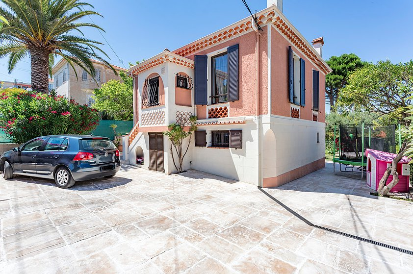 Independent house near the Place de Gaulle Antibes